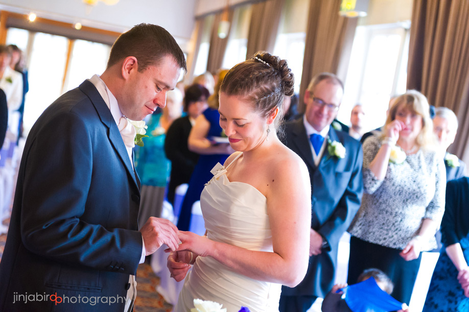 swan_hotel_in_bedford_wedding_photographer