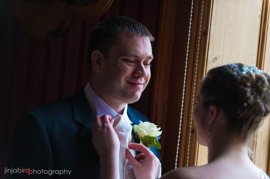 wedding_photos_bride_and_groom_at_the_swan_hotel_bedford