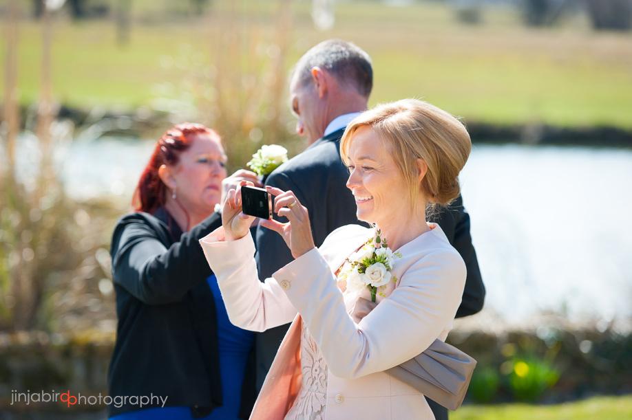all_saints_church_in_hartford_wedding_photographer