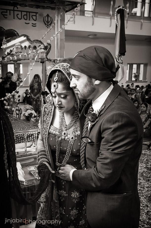 guru_nanak_gurdwara_temple_in_bedford_wedding_ceremony