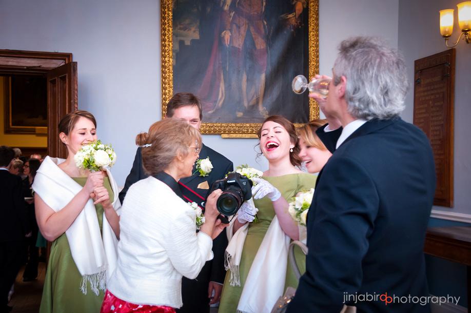 wedding_photos_of_wedding_guests_hinchingbrooke_house