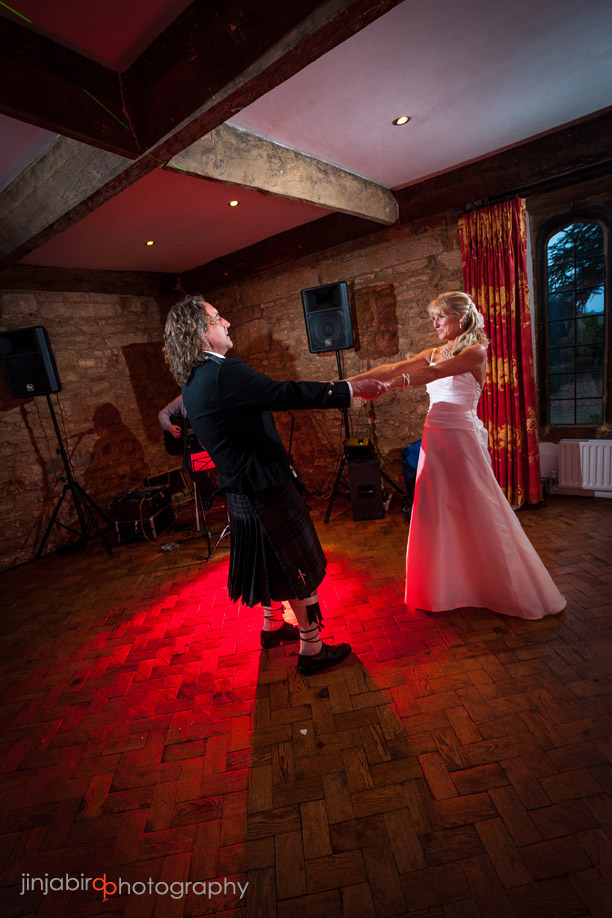 bride_and_groom_first_dance_at_fawsley_hall