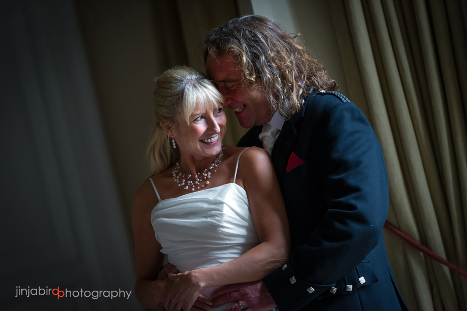 bride_and_groom_photos_at_fawsley_hall
