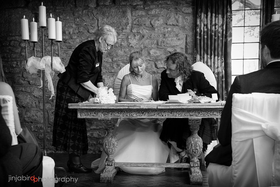 photos_of_wedding_ceremony_fawsley_hall
