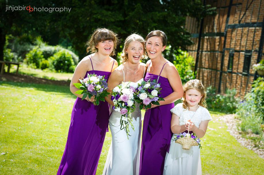 bride_bridesmaids