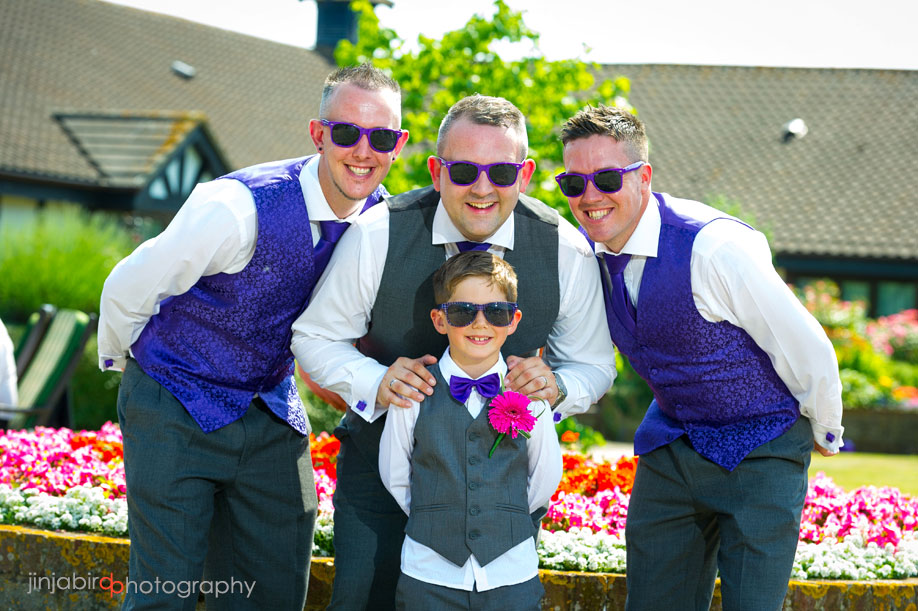 groomsmen_photo