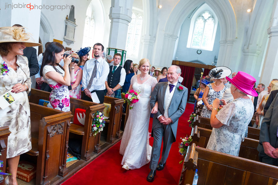 bride_and_father_westoning_church