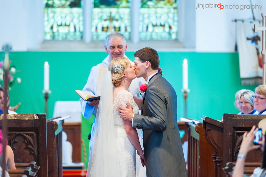 wedding_photography_westoning_church