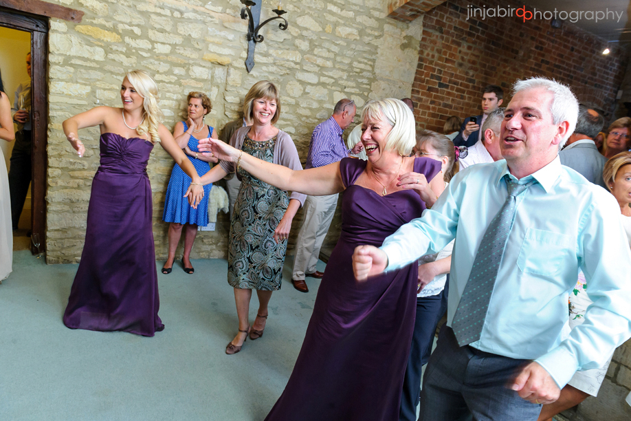 wedding_photo_guests_hinwick_house