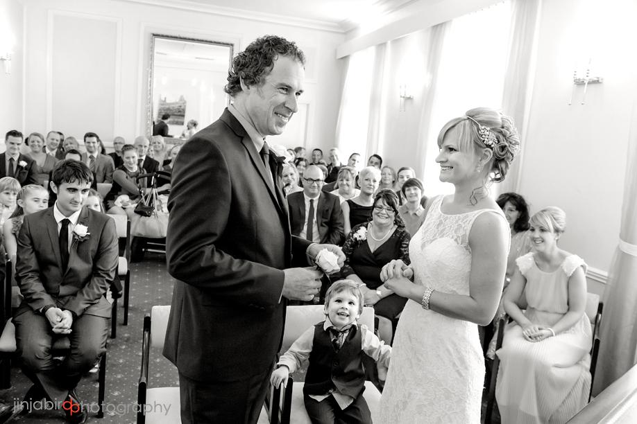 wedding_photos_registry_office_cambridg