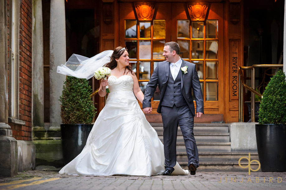 swan_hotel_bedford_wedding_photos_bride_and_groom