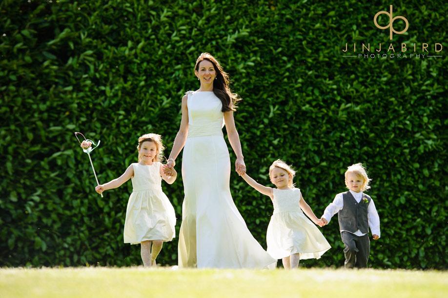 bride_with_flowergirls_fawsley_hall