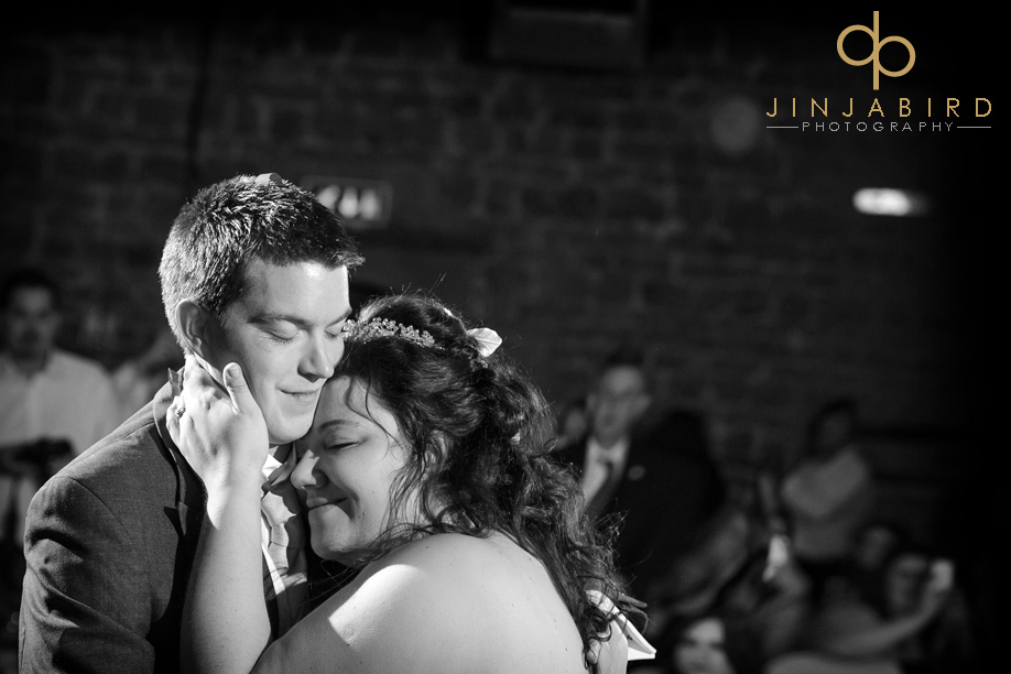 wedding_romance_hunsbury_hill_centre