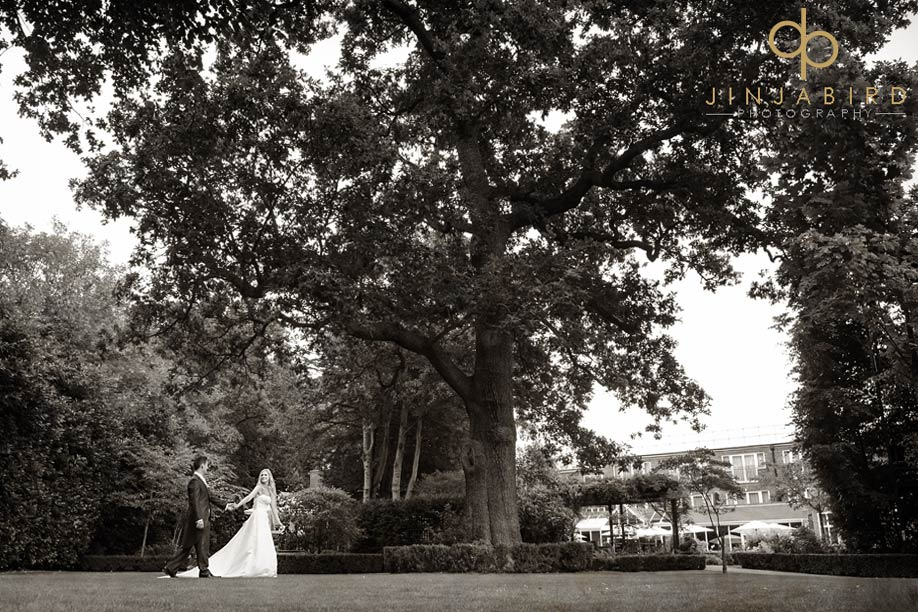 bull_hotel_gerrards_cross_wedding_photographers