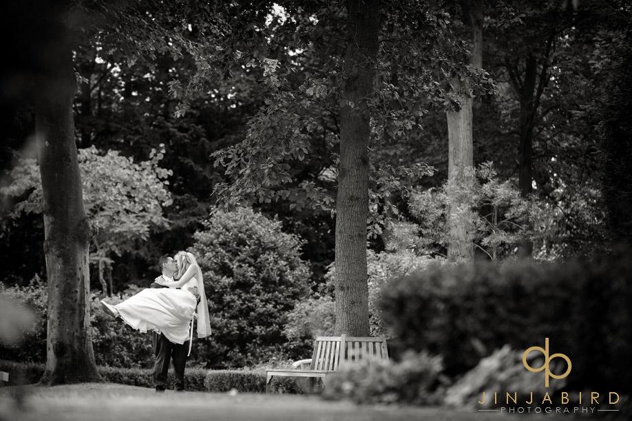 wedding_photograph_bull_hotel_gerrards_cross