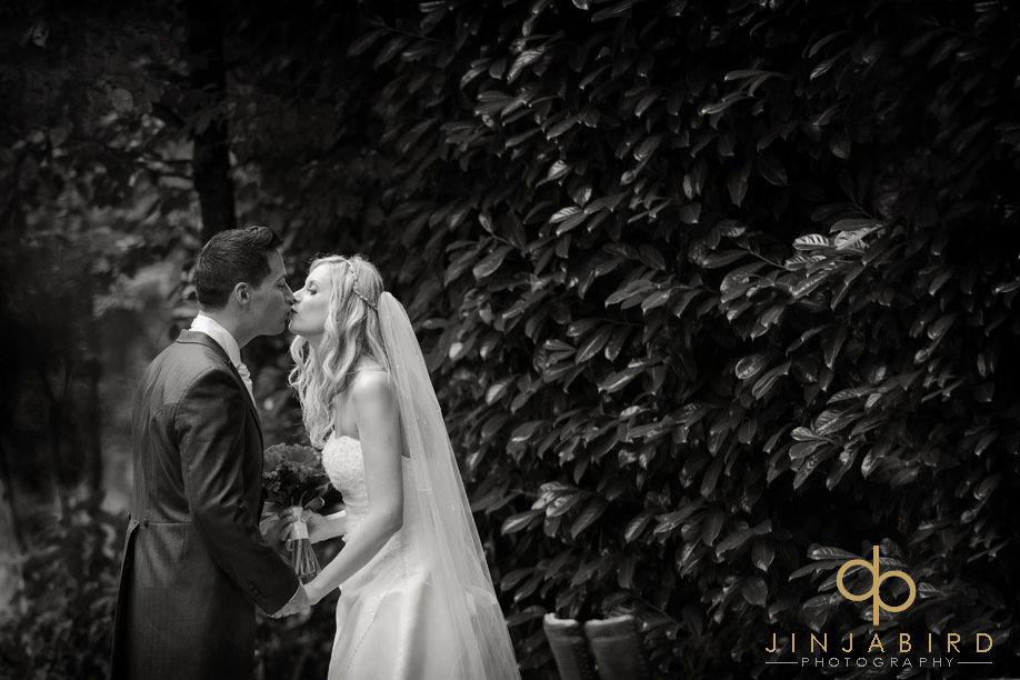 wedding_photographers_bull_hotel_gerrards_cross