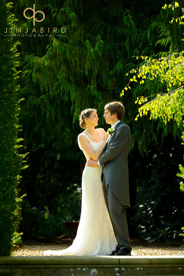 bride_and_groom_madingley_hall