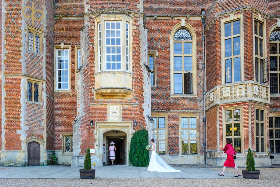 bride_outside_madingley_hall