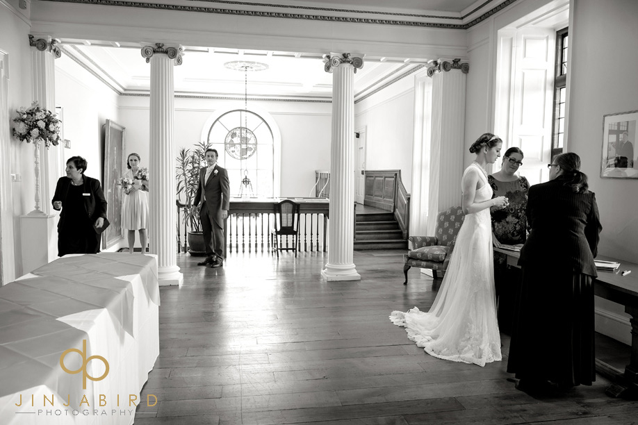 bride_waiting_madingley_hall
