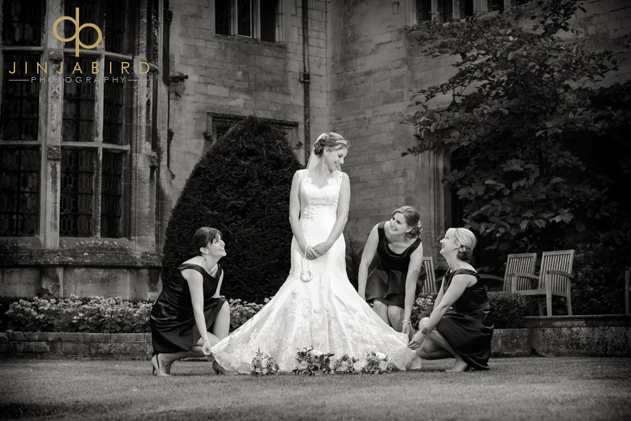 bride_with_bridesmaids_rushton_hall