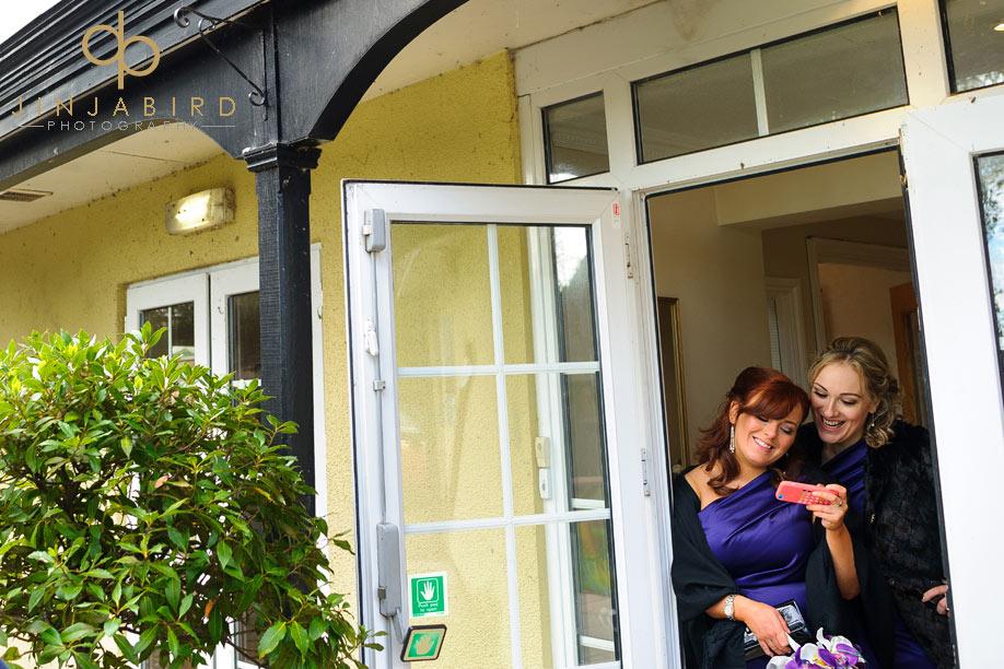 bridesmaids_at_sharnbrook_mill