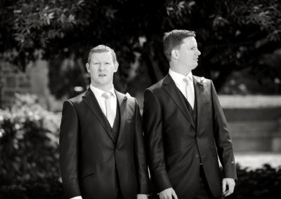 bestman-with-groom-looking-confused