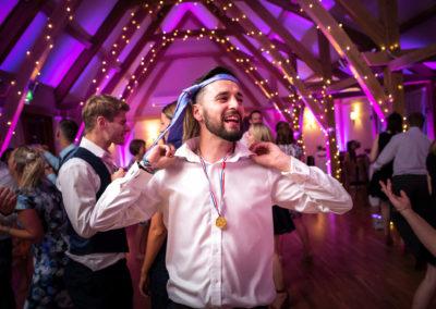 usher-dancing