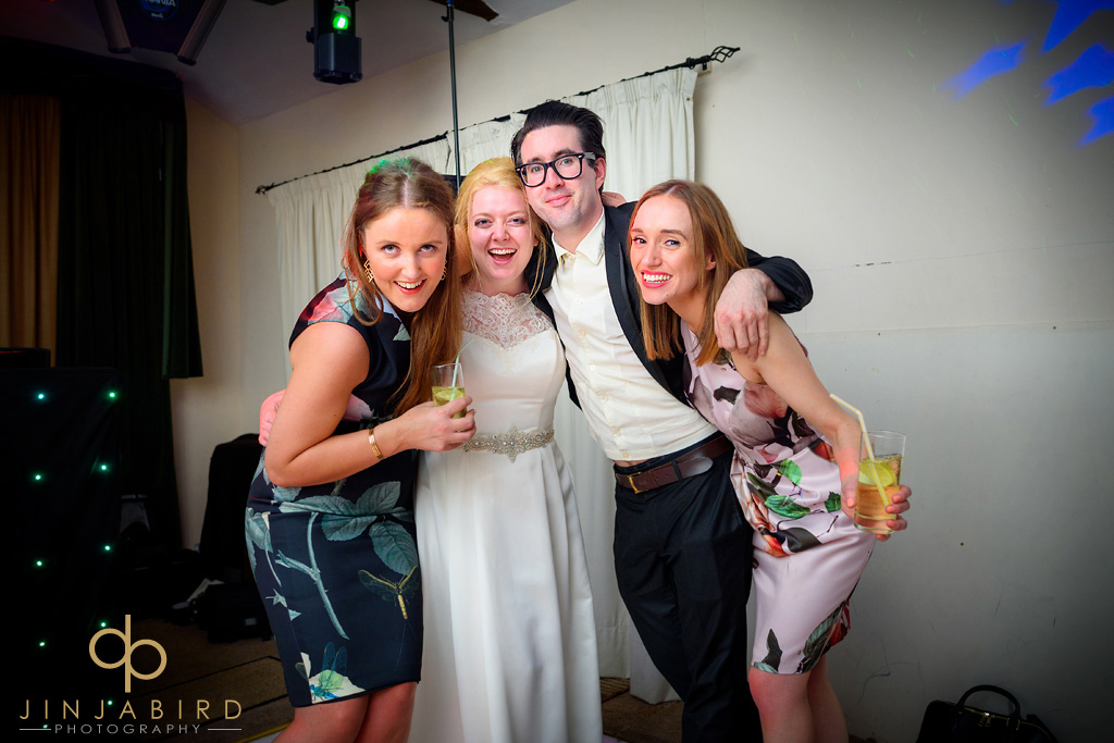 brides-friends-minstrel-court