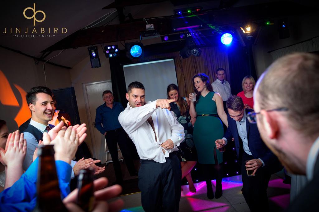 groom-dancing-for-bride-minstrel-court