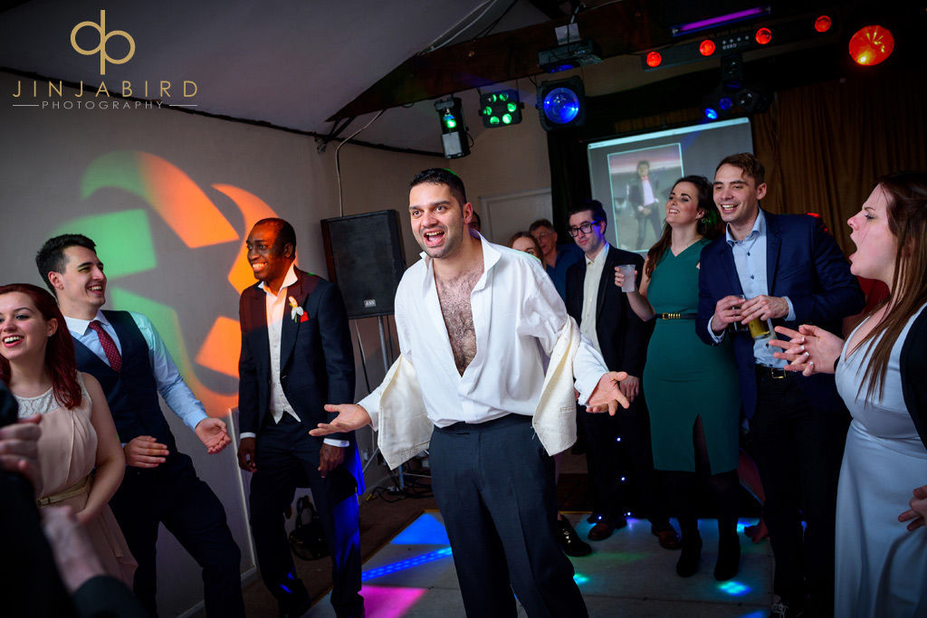 groom-dancing-minstrel-court