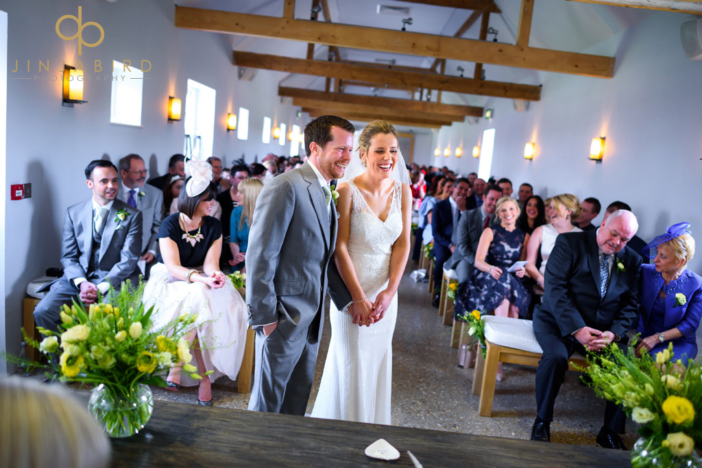 getting-married-southend-barns