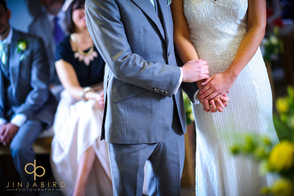 marriage-ceremony-southend-barns