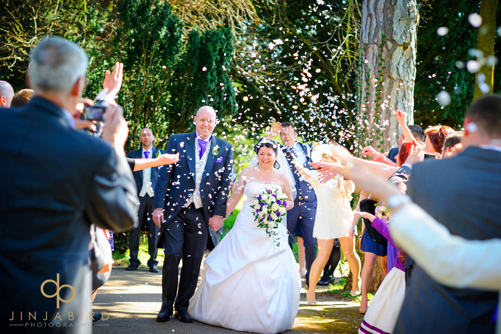 wedding-confetti-wyboston-lakes