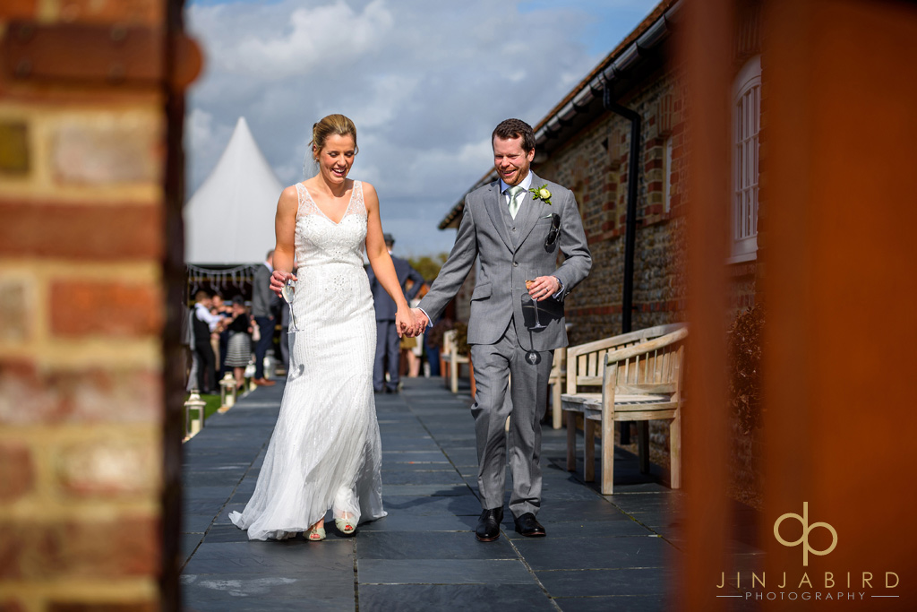 wedding-photos-southend-barns