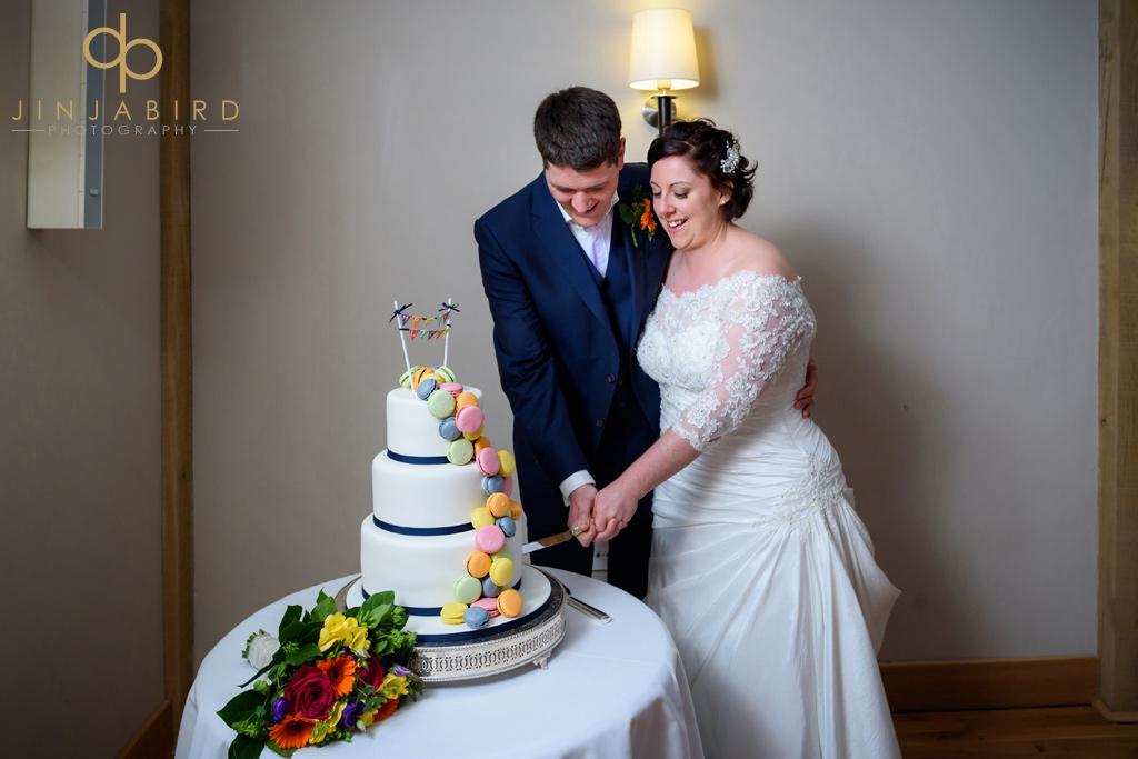 cutting-cake-bassmead-manor-barns