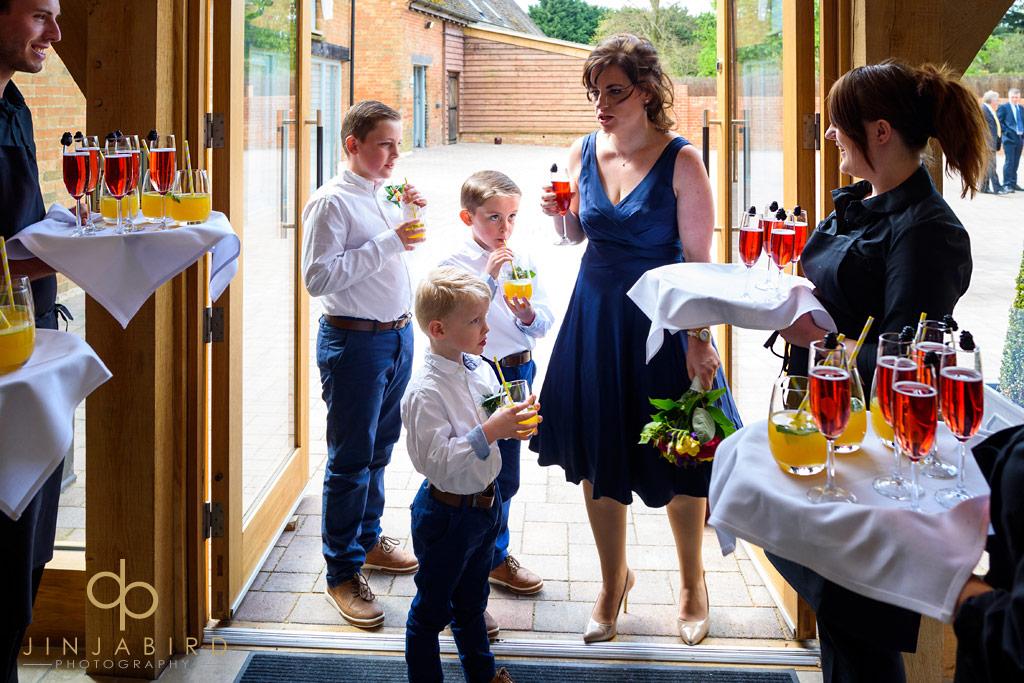 wedding-drinks-bassmead-manor-barns