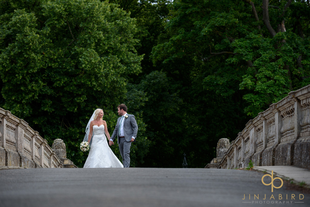 bride-and-groom-lion-bridge-burghley-house