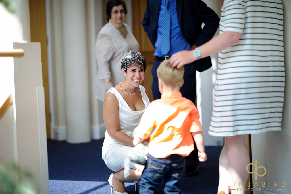 bride-at-saffron-walden-registry-office