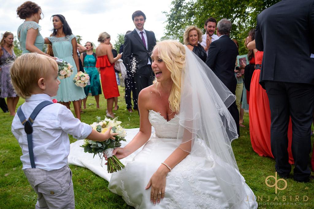 bride-with-pageboy-stoke-rochford-church