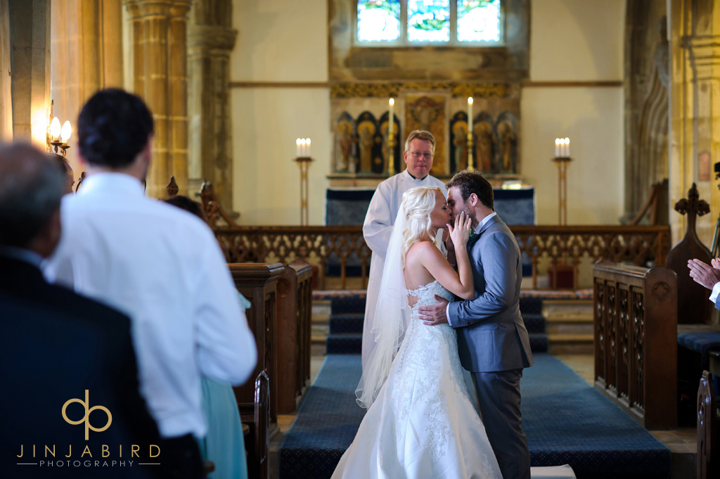 first-kiss-at-stoke-rochford-church