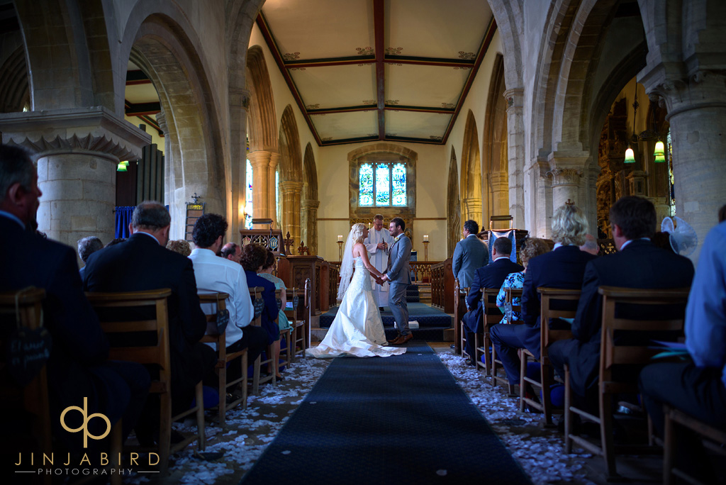 getting-married-at-stoke-rochford-church