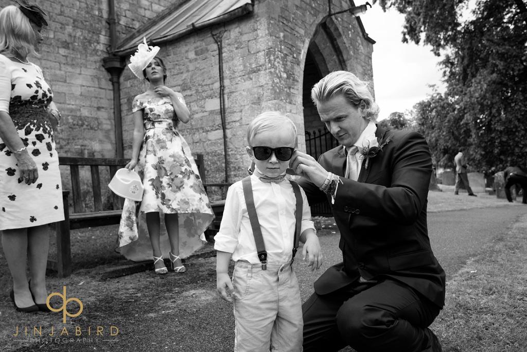 pageboy-at-stoke-rochford-church