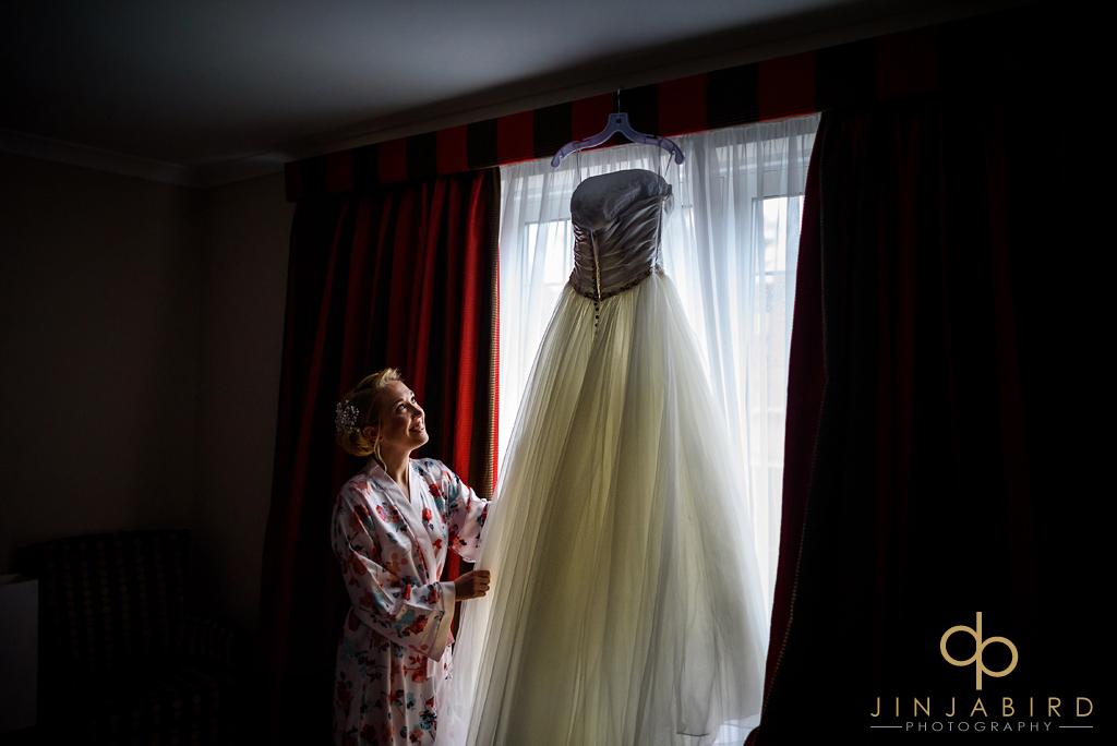 bull-hotel-gerrards-cross-wedding-photographers