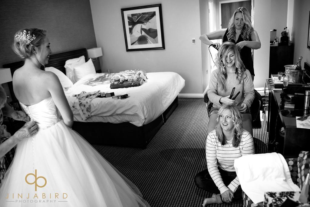bull-hotel-gerrards-cross-wedding-photographs
