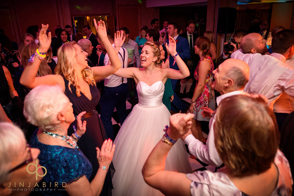 wedding-dancing-bull-hotel-gerrards-cross