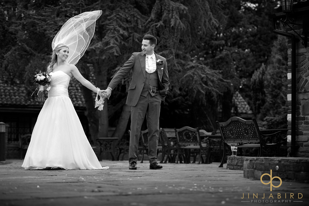 wedding-photographs-ye-olde-plough-house-bulphan