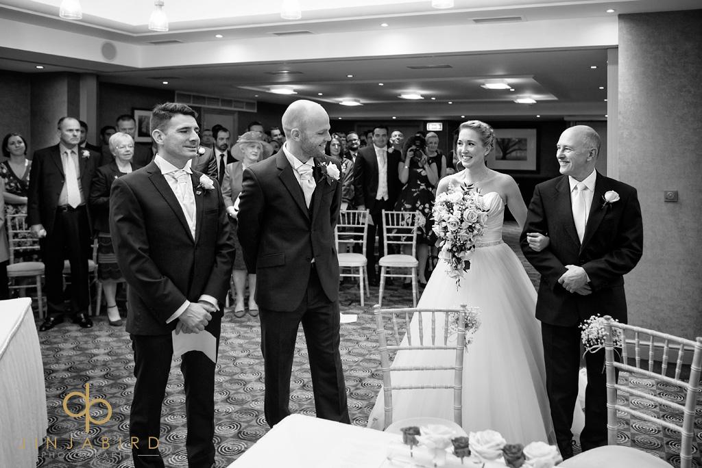 wedding-photos-bull-hotel-gerrards-cross
