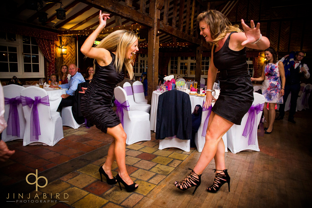 ye-olde-plough-house-bulphan-wedding-guest-dancing