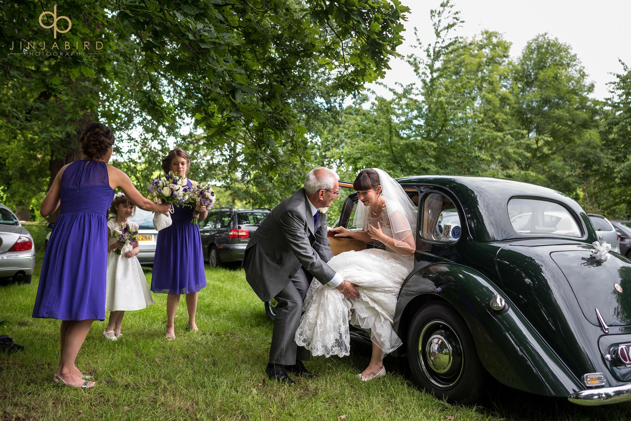 wedding photographers st-mary magdalene church hilton