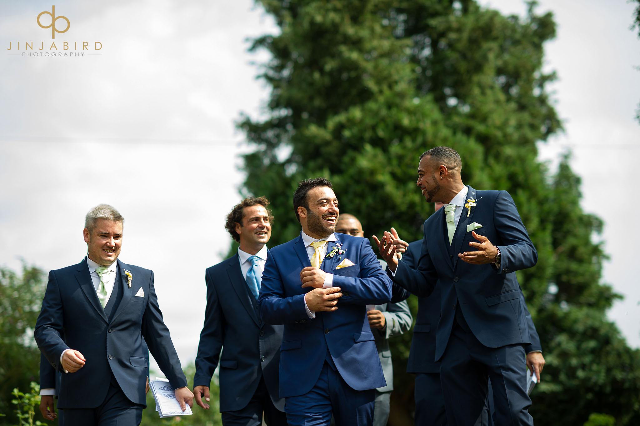 groom-arriving-congregational-church-roxton